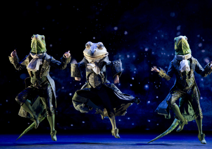 <p><em>Cinderella: </em>James Barton as the Frog Coachman with Valentin Olovyannikov and Jonathan Payn as Lizard Footman</p>. Credit: Bill Cooper.