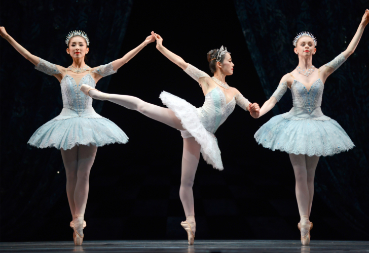 <p><em>Theme and Variations: </em>Nao Sakuma with Yijing Zhang and Brooke Ray</p>. Credit: Bill Cooper.