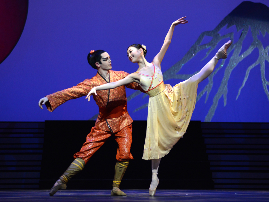 <p><em>The Prince of the Pagodas:</em> Momoko Hirata as Princess Belle Sakura and Joseph Caley as The Prince</p>. Credit: Roy Smiljanic.