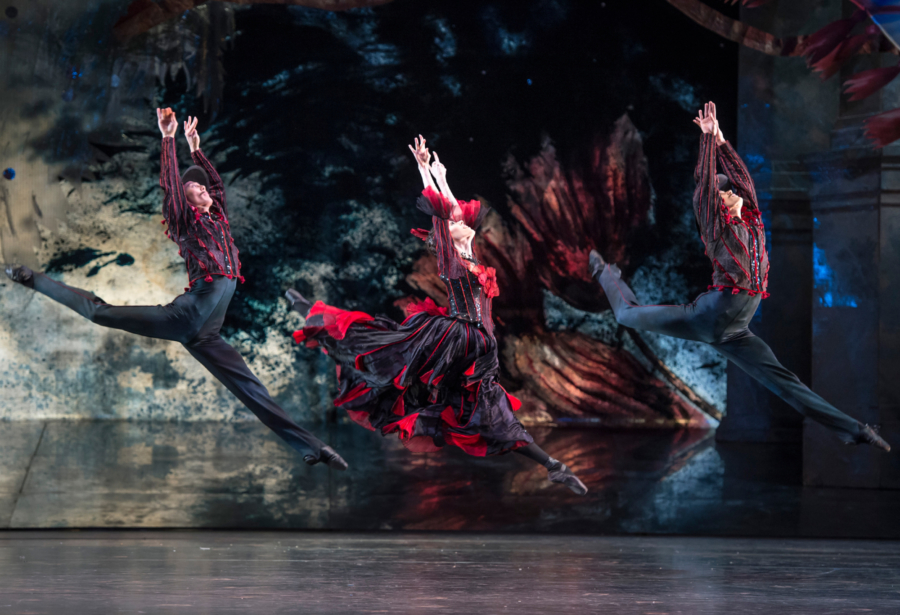 <p><em>The Nutcracker:</em> Samara Downs, Yasuo Atsuji and William Bracewell in the 'Spanish Dance'</p>. Credit: Bill Cooper.