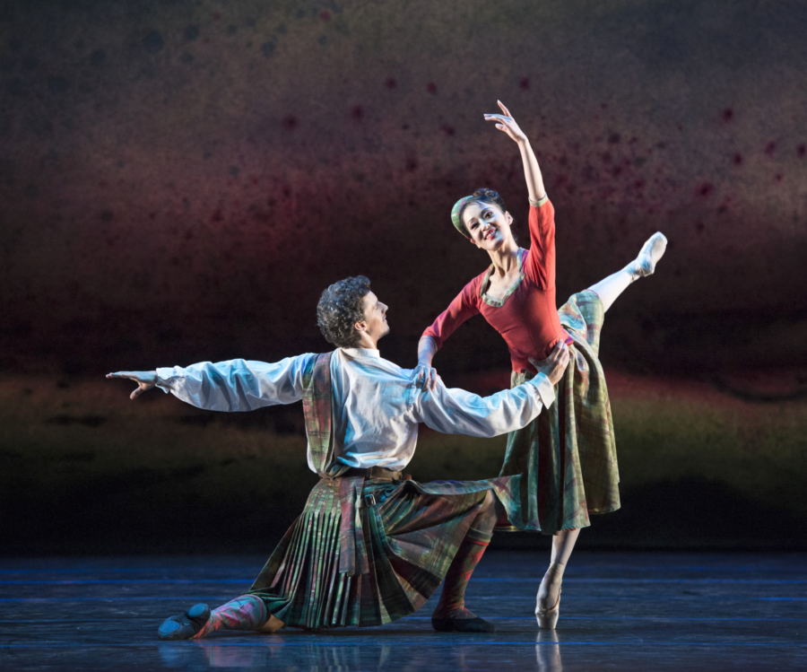 <p><em>Flowers of the Forest: </em>Nao Sakuma and Iain Mackay in 'Four Scottish Dances'</p>. Credit: Bill Cooper.