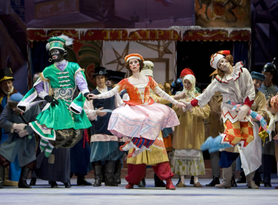 <p><em>Petrushka</em>: Elisha Willis as the Ballerina, Alexander Campbell as Petrushka and Dominic Antonucci as the Moor</p>. Credit: Bill Cooper.