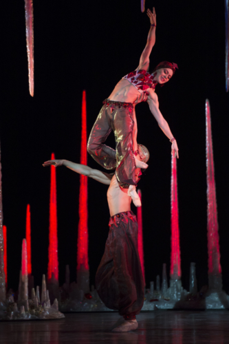 <p><em>Aladdin: </em>Ambra Vallo and Tyrone Singleton in 'Rubies'</p>. Credit: Bill Cooper.