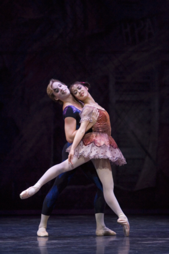 <p><em>Solitaire: </em>Nao Sakuma as the Girl and Steven Montieth</p>. Credit: Bill Cooper.