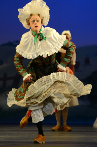 La Fille mal gardée: Rory Mackay as Widow Simone. Credit: Roy Smiljanic.