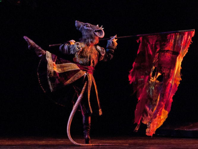 <p><em>The Nutcracker:</em> Yasuo Atsuji as King Rat</p>. Credit: Caroline Holden.