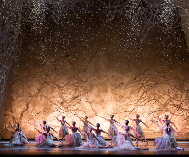 <p><em>The Nutcracker:</em> Artists of Birmingham Royal Ballet as Snowflakes</p>. Credit: Andrew Ross.