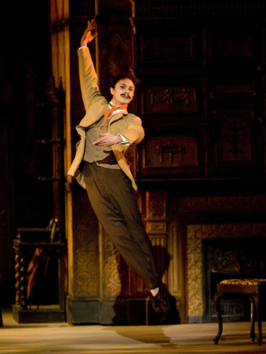 <p><em>Enigma Variations: </em>César Morales as Arthur Troyte Griffith</p>. Credit: Bill Cooper.