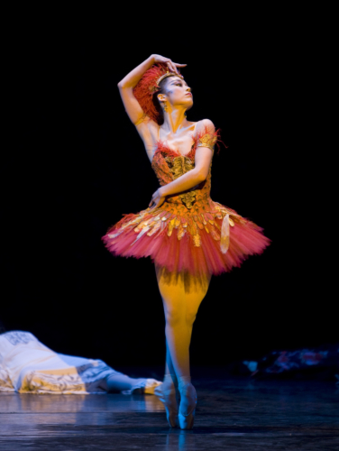 <p><em>The Firebird: </em>Nao Sakuma as the Firebird</p>. Credit: Bill Cooper.