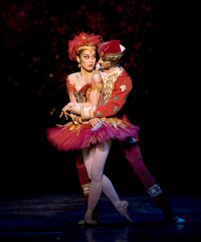 <p><em>The Firebird</em>: Nao Sakuma as the Firebird and Iain Mackay as Ivan Tsarevitch</p>. Credit: Bill Cooper.
