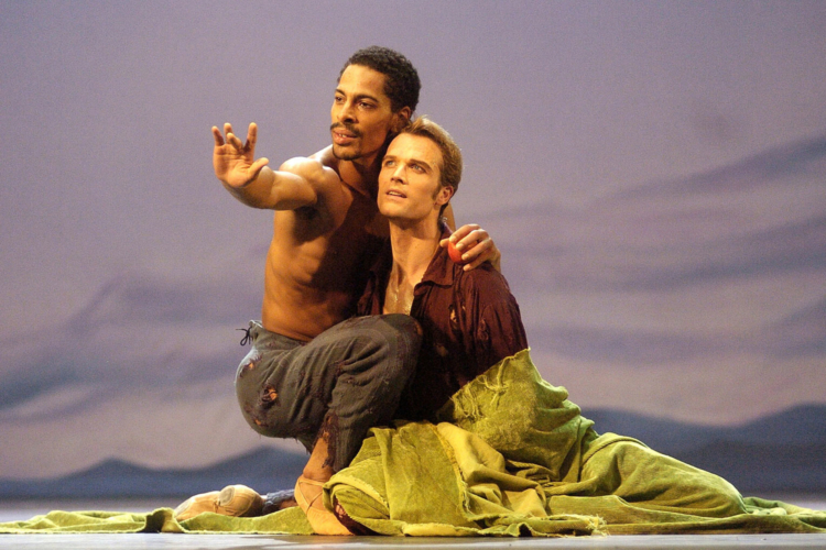 <p><em>Edward II: </em>Tyrone Singleton as Gaveston and Robert Tewsley as Edward</p>. Credit: Roy Smiljanic.
