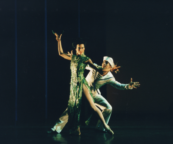 <p><em>The Nutcracker Sweeties:</em> Agnus Oakes as Chinoiserie and Robert Parker as the Sailor</p>. Credit: Bill Cooper.
