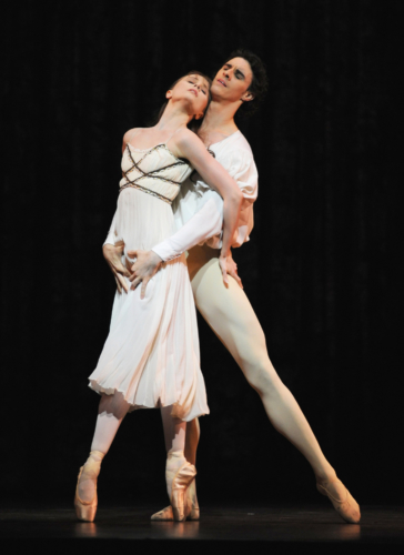<p><em>Romeo and Juliet:</em> Jenna Roberts as Juliet and Iain Mackay as Romeo</p>. Credit: Bill Cooper.