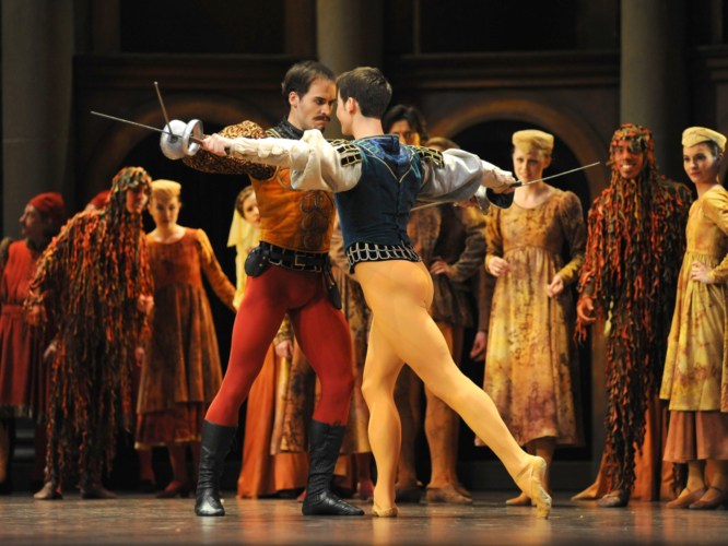 <p><em>Romeo and Juliet: </em>Mathias Dingman as Mercutio and Robert Gravenor as Tybalt</p>. Credit: Roy Smiljanic.