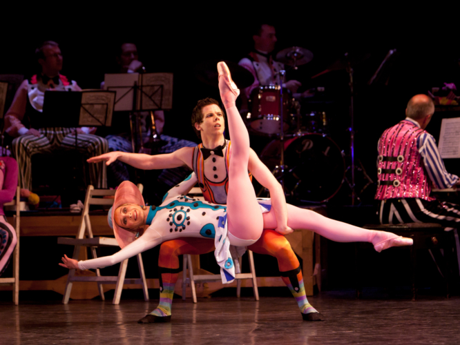 <p><em>Elite Syncopations: </em>Andrea Tredinnick and James Barton in 'Alaskan Rag'</p>. Credit: Bill Cooper.