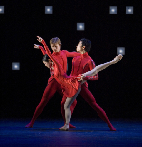 <p><em>The Four Seasons:</em> Momoko Hirata, Robert Parker and Chi Cao in 'Winter'</p>. Credit: Bill Cooper.
