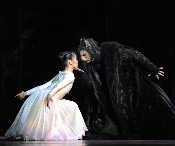 <p><em>Beauty and the Beast:</em> Nao Sakuma as Belle and Iain Mackay as the Beast</p>. Credit: Roy Smiljanic.