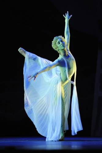 <p><em>Daphnis and Chloë:</em> Angela Paul as a Nymph of Pan</p>. Credit: Roy Smiljanic.