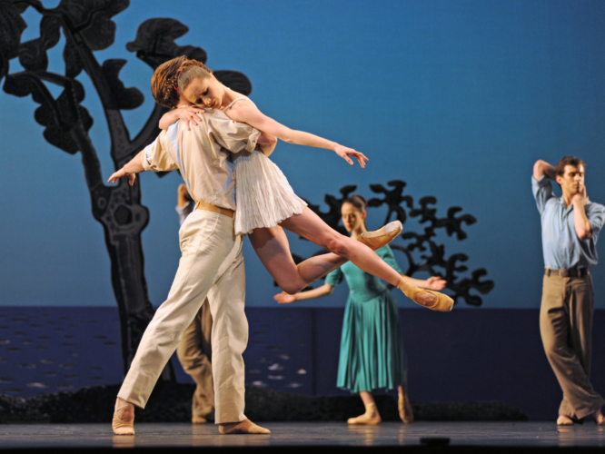 <p><em>Daphnis and Chloë:</em><em>  </em>Jenna Roberts as Chloë and Joseph Caley as Daphnis</p>. Credit: Roy Smiljanic.
