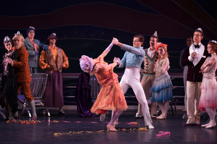 <p><em>The Grand Tour:</em> Victoria Marr as the American Lady and Jamie Bond as the Chief Steward with Artists of Birmingham Royal Ballet</p>. Credit: Simon Tomkinson.