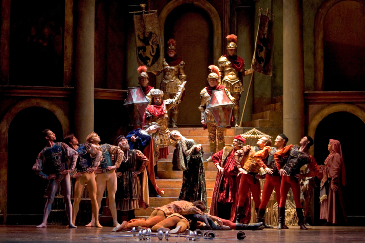 <p><em>Romeo and Juliet:</em> Artists of Birmingham Royal Ballet</p>. Credit: Bill Cooper.