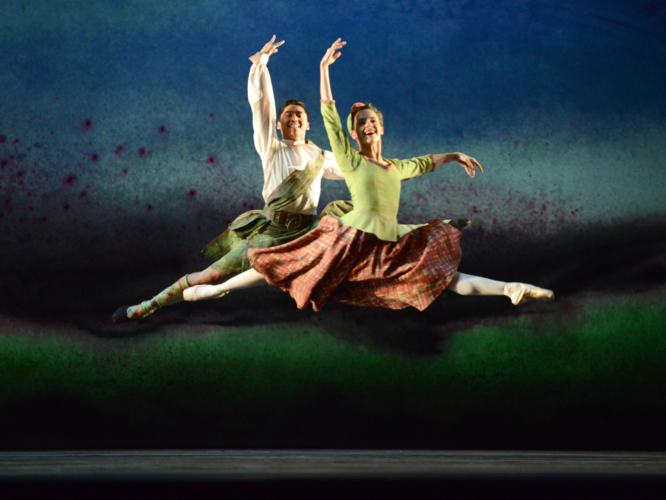 <p><em>Flowers of the Forest: </em>Arancha Baselga and Tzu-Chao Chou in 'Four Scottish Dances'</p>. Credit: Roy Smiljanic.